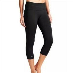 Athleta Sonar Capri Black Leggings -XXS